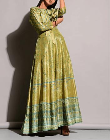 Indian Wedding Dress for Mehendi Rasam