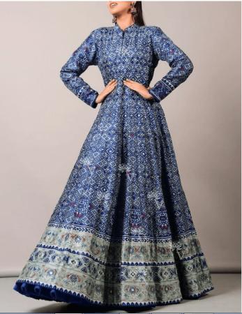 Indian Wedding Dress for Pheras Saptapadi ceremony