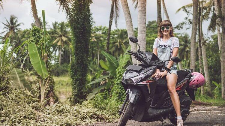 Most Fashionable Women's Helmets on the Marketss